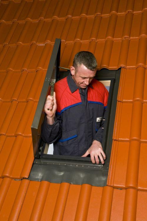 Schornsteinfeger fenster dachzubeh r dachdecker shop for Fenster shop